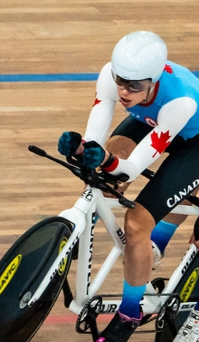 Carla Shibley and pilot Meghan Leminski compete in tandem cycling at the Lima 2019 games