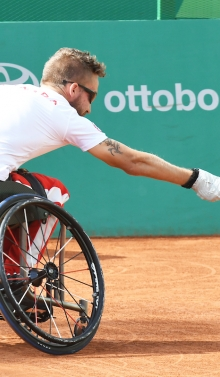 Rob Shaw competes in wheelchair tennis at Lima 2019