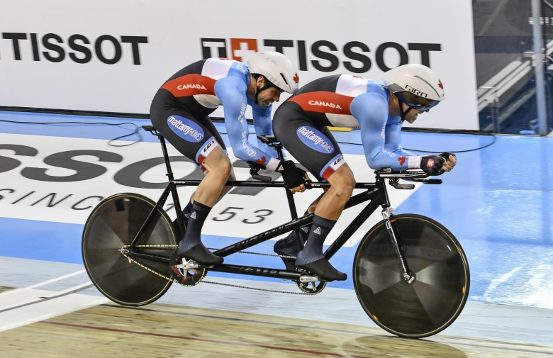 Lowell Taylor and pilot Ed Veal racing at the 2020 UCI Para Cycling Track World Championships