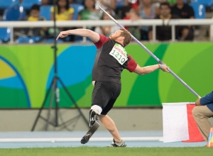 Alister McQueen throwing a javelin at the Rio 2016 Paralympic Games